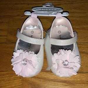 KOALA BABY GIRL PINK FLOWER GEM CENTER SHOE SIZE 1